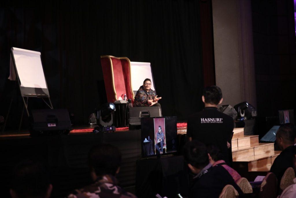 MenThor, Datuk Wira Dr. Azizan Osman